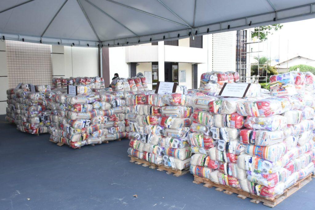 Somente no estado de Goiás foram 12 toneladas de alimentos (Foto: Divulgação)
